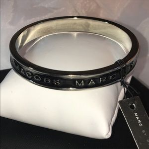 Blk/slv M A R C BY Marc Jacobs enamel bracelet